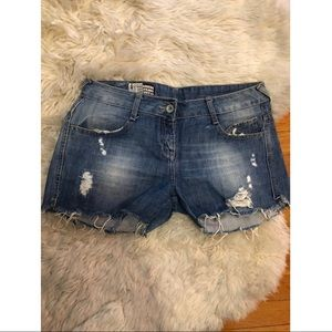 Zara TRF distressed jean shorts 6 cut offs denim
